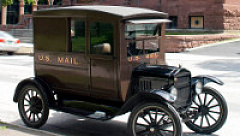 mail-truck-001
